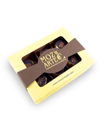 Caja con 6 bombones rellenos personalizados